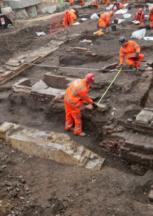 Excavation of the Bedlam Burial Ground (AD 1569-1738) for the new Crossrail station at Liverpool Street – a metrical analysis