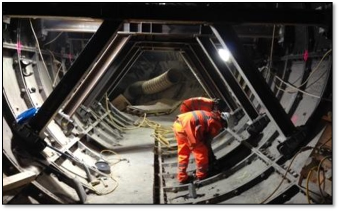 Figure 10.0 - Propping in the existing ventilation tunnel to allow removal of segments